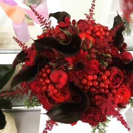 Букет свадебный «Рубиновое сердце»